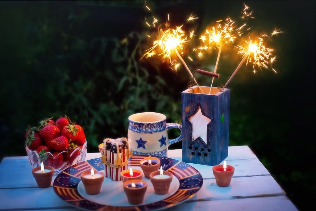 Independence Day Table with Sparklers